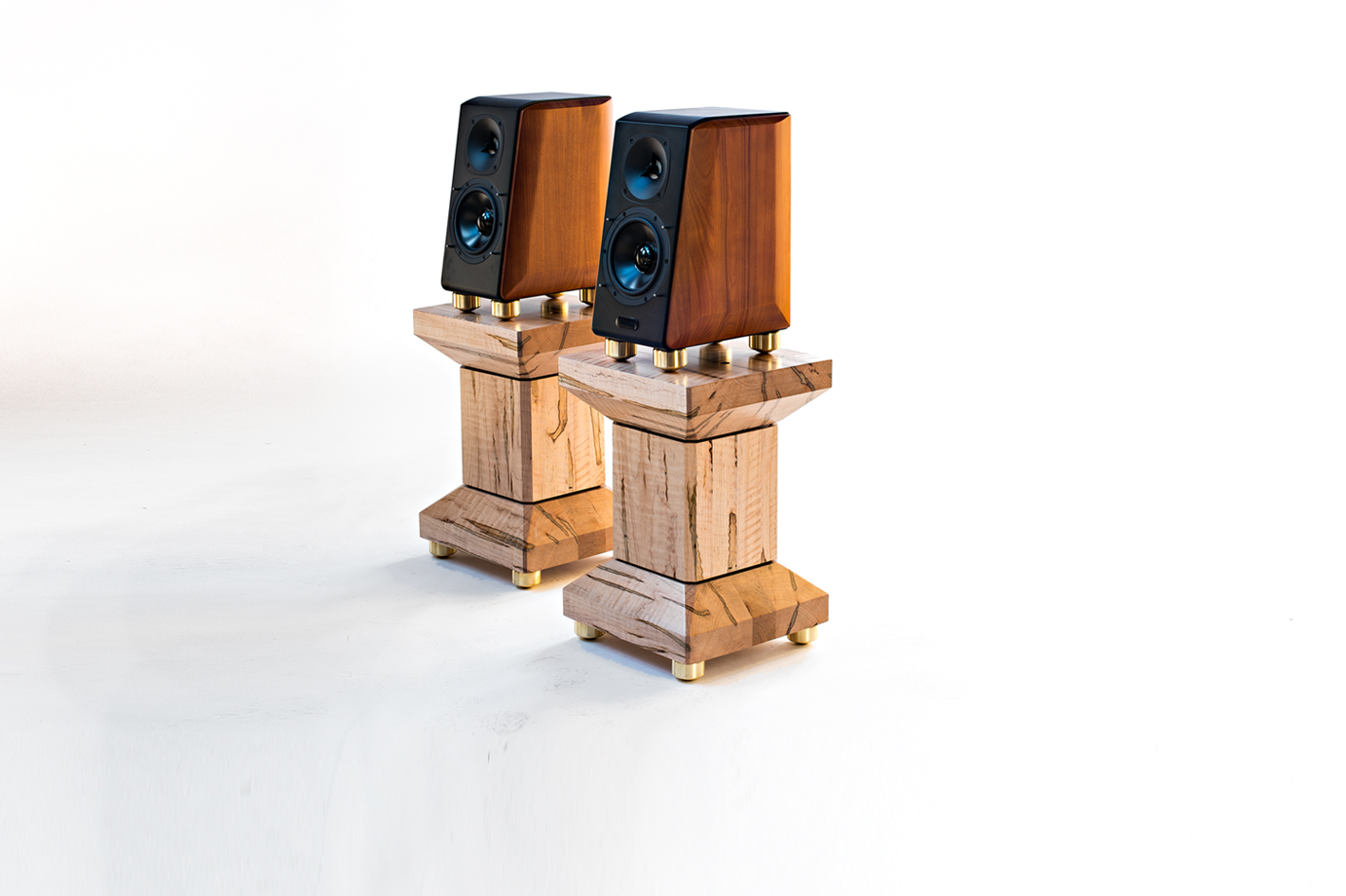 Speaker Stands : Enhance Sound